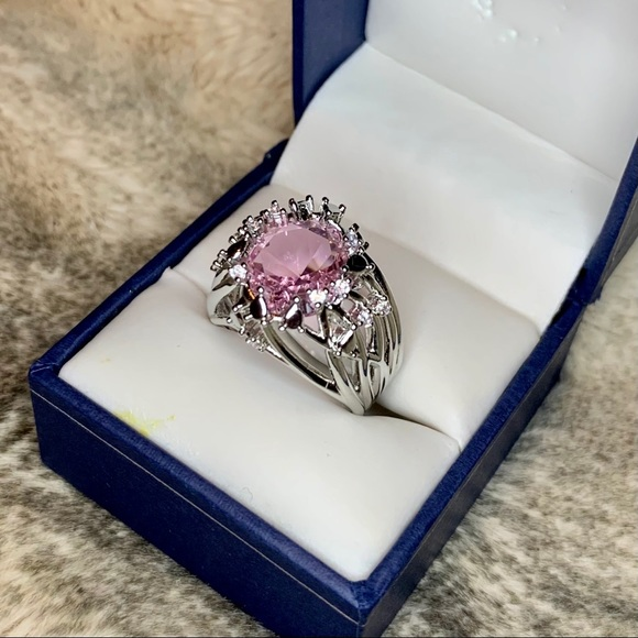 925 Silver Ring w/ Large pink center stone.